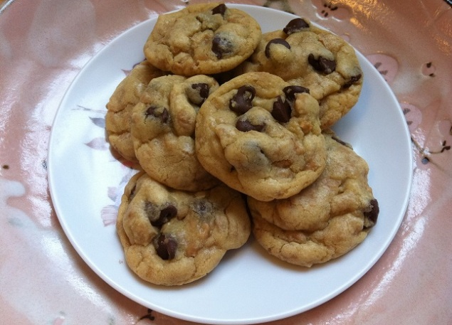 Toffee Chocolate Chip Cookies   Cooking with a Wallflower