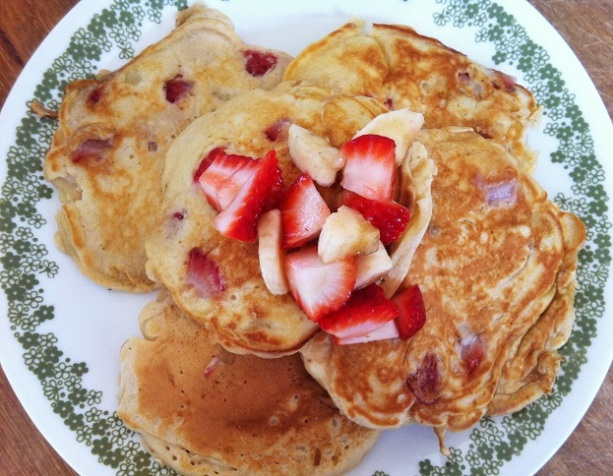 Strawberry Banana Pancakes | Cooking with a Wallflower
