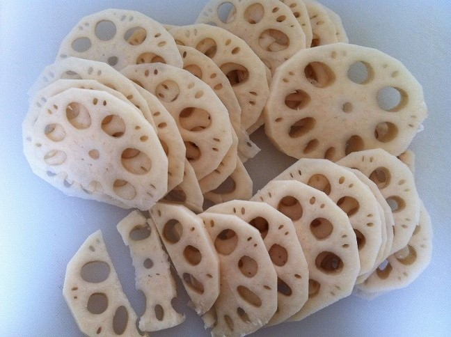 Thinly Sliced Lotus Root